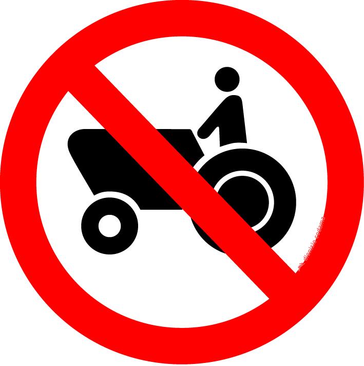 Proibido transito de tratores e maquinas de obras