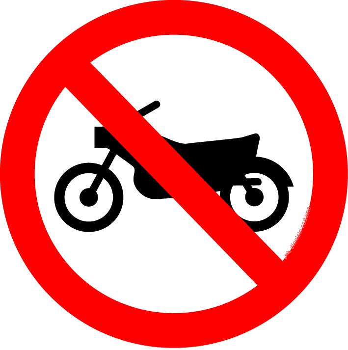 Proibido transito de motocicletas, motonetas e ciclomotores
