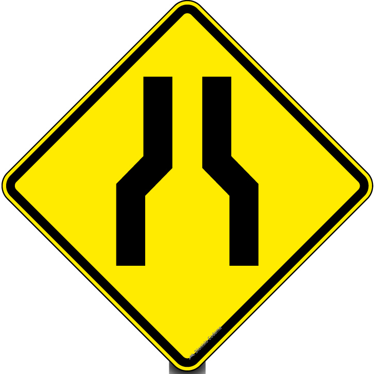 Estreitamento de pista ao centro