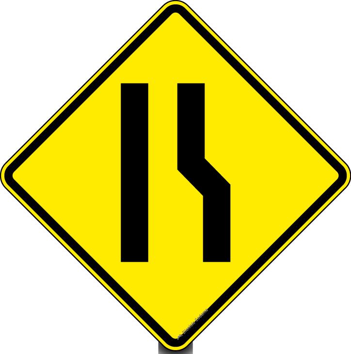 Estreitamento de pista a direita